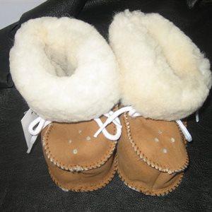 Chaussons bébé en mouton lainé - Tailles 16 à 22